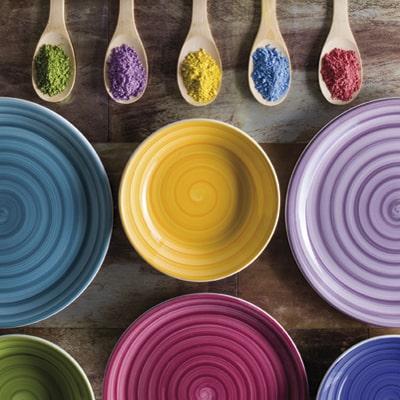 piatti colorati, ceramiche italia