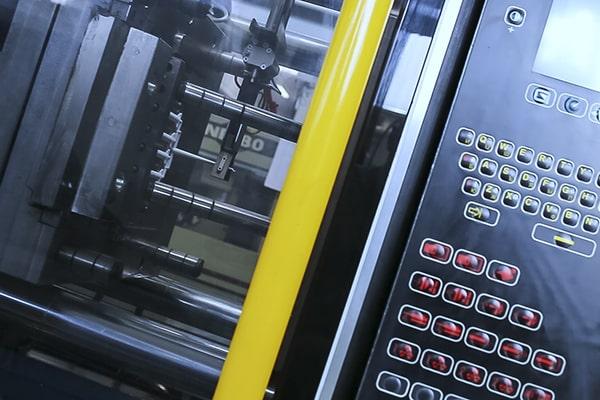 stampaggio plastica estrazione, maco