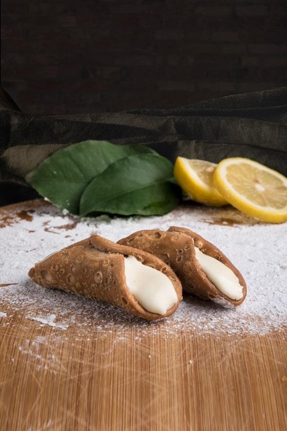 cannoli limone, positano forno e cremeria