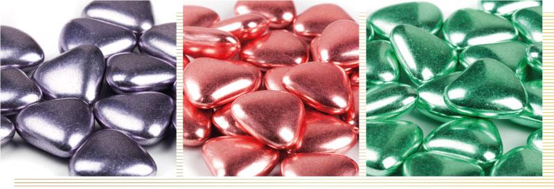 confetti cioccolato cuori argento colorato, pregi e confetti