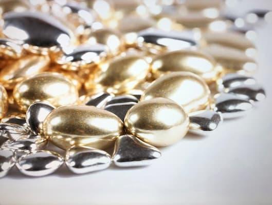 confetti cioccolato oro e argento, pregi e confetti